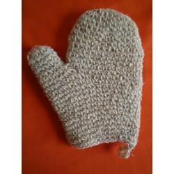 White horsehair mitt